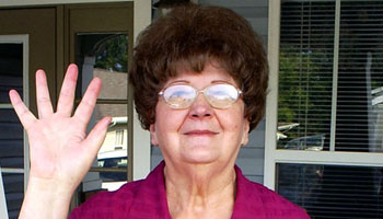 Mama Peggy - Waving